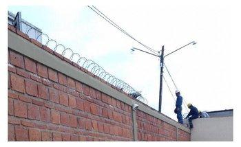 Pusieron alambres de púas y cámaras en la prisión domiciliaria de Milagro Sala   Milagro sala detenida
