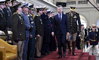 Macri está a punto de comprarle un buque de guerra a Estados Unidos   Escándalo de las armas