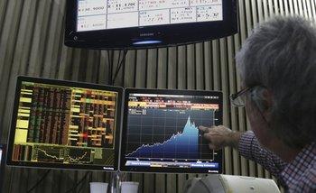 La Bolsa se derrumba por temor entre los inversores   Mercados financieros