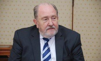 El gobernador de La Pampa contó que no se presentará a las elecciones porque padece cáncer | Carlos verna