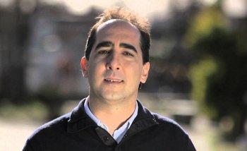 Imputan a Tagliaferro por retirar el busto de Néstor Kirchner de la Plaza de Morón | Morón