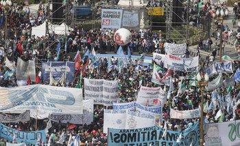 Masiva movilización a Plaza de Mayo contra las políticas de Mauricio Macri | Paro