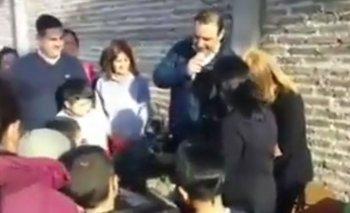 Escándalo: el video de un gobernador macrista sorteando comida y frazadas   Elecciones 2019