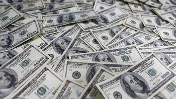Se acelera la caída de reservas y agosto fue el mes con mayor fuga de capitales desde 2003 | Crisis económica