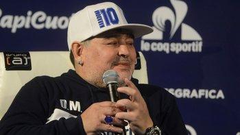 Con críticas por el desempleo, el hambre y la pobreza: así fue la charla técnica de Maradona | Diego maradona