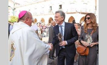 """Párroco de Salta: """"Macri vino a ver si el Señor del Milagro le tira algún votito más""""   Salta"""