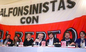 Noche alfonsinista de Alberto Fernández para ampliar la unidad | Elecciones 2019