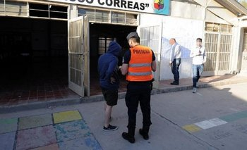 La policía mendocina detuvo a dos prófugos que se presentaron a votar   Elecciones mendoza