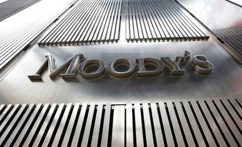 Moody's revisa la situación argentina tras salir del default  | Deuda