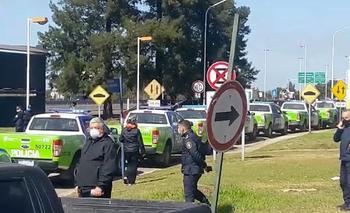 A pesar del anuncio de aumento, se mantiene la protesta policial   Policía bonaerense