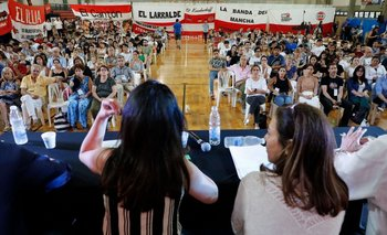 Por el coronavirus, la UCR porteña pospuso sus elecciones internas | Coronavirus en argentina