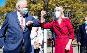 Fabiola Yáñez, solidaria: estuvo presente durante un acto del Garrahan   Salud publica