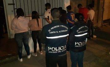 Detienen a diez gendarmes en medio de una fiesta | Aislamiento social