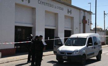 Rosario: un herido en un tiroteo mientras velaban a un joven asesinado   Policiales