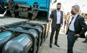 Meoni impulsa a empresas a avanzar en el transporte sustentable | Política