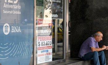 Siguen sin costos hasta fin de año las operaciones con cajeros | Coronavirus en argentina