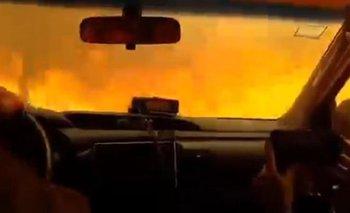 Estremecedor video: atravesó un incendio en Córdoba | Córdoba