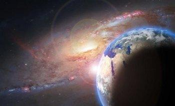 Descubren que un planeta albergaría un gran océano de agua líquida | Espacio exterior