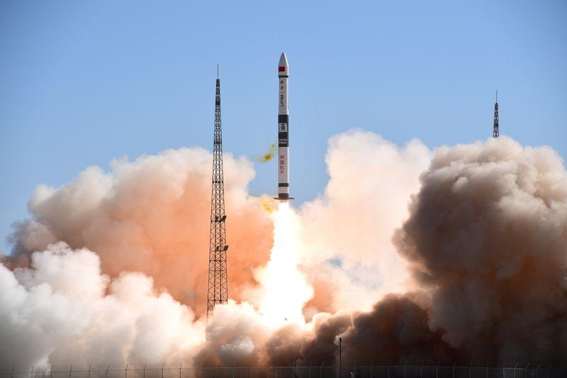 Advierten sobre cada vez más basura espacial y podrían reducir lanzamientos | Espacio exterior