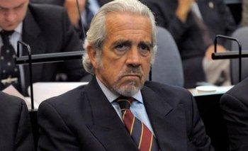 Un tribunal autorizó a un genocida de la ESMA ir a la comunión de su nieto | Derechos humanos