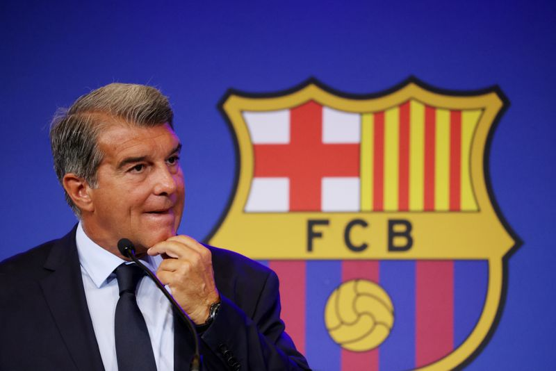 Aislado, el presidente del Barça insiste con la Superliga    Fútbol