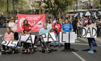 Buscan conocer las propuestas de los precandidatos en materia de discapacidad | Elecciones 2021
