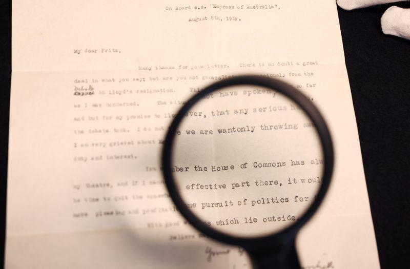 Subastan manuscrito inédito de Churchill donde planeaba dejar la política | Historia