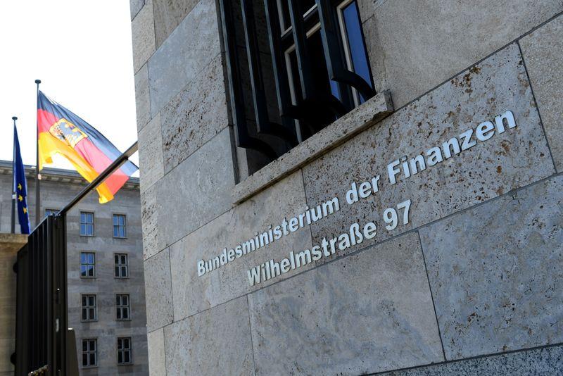 Baldazo para Merkel: sospechas de lavado de dinero en el gobierno | Finanzas