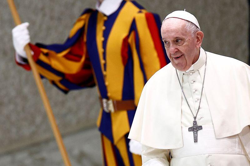 Obispo que se reunió con Francisco la semana pasada dio positivo de COVID | Papa francisco