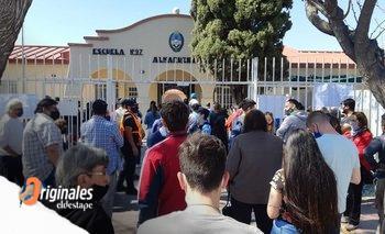 En Mendoza hubo falta de boletas y poco distanciamiento en las PASO   Elecciones 2021