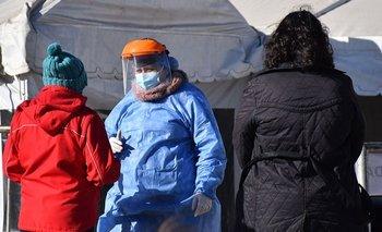 Registran 35 muertes y más de mil contagios de COVID-19 en un día | Coronavirus en argentina