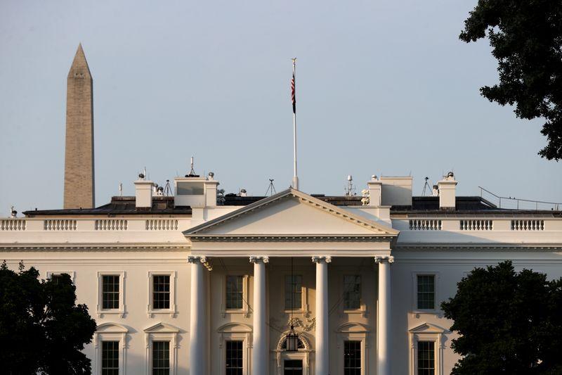 """Casa Blanca planea un """"nuevo sistema"""" para los viajes a EEUU   Coronavirus"""