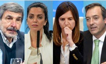 Ya son ocho los funcionarios que pusieron su renuncia a disposición  | El gabinete de alberto