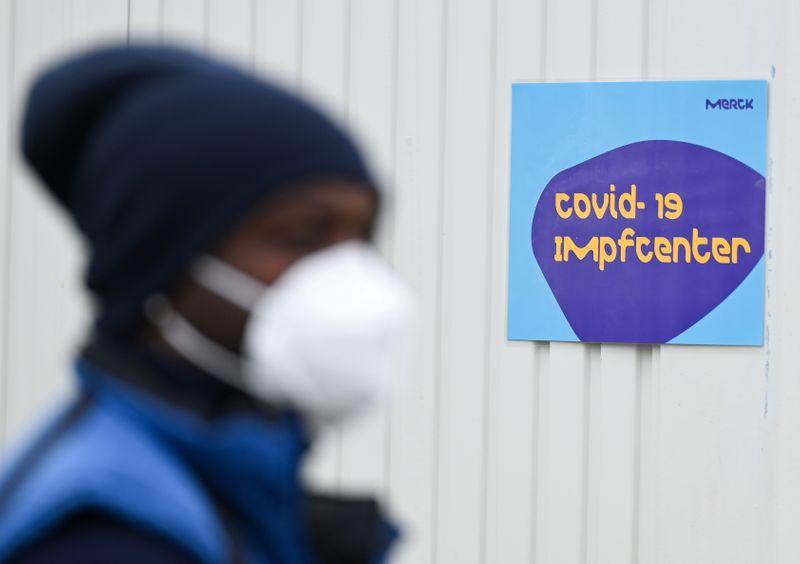 La producción de vacunas podría afrontar escasez de suministros   Vacuna del coronavirus