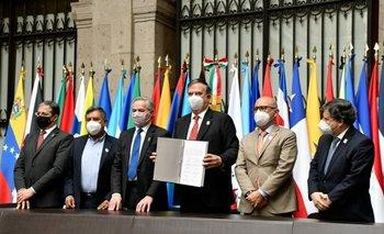 La Celac debatirá mañana la gestión regional de la pandemia en México | Latinoamérica