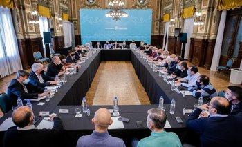 Kicillof y un nuevo encuentro con intendentes del FDT: elecciones y vacunación | Provincia