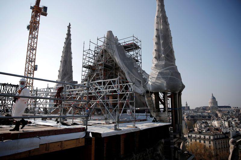 Se inicia la histórica restauración de Notre-Dame   Notre dame