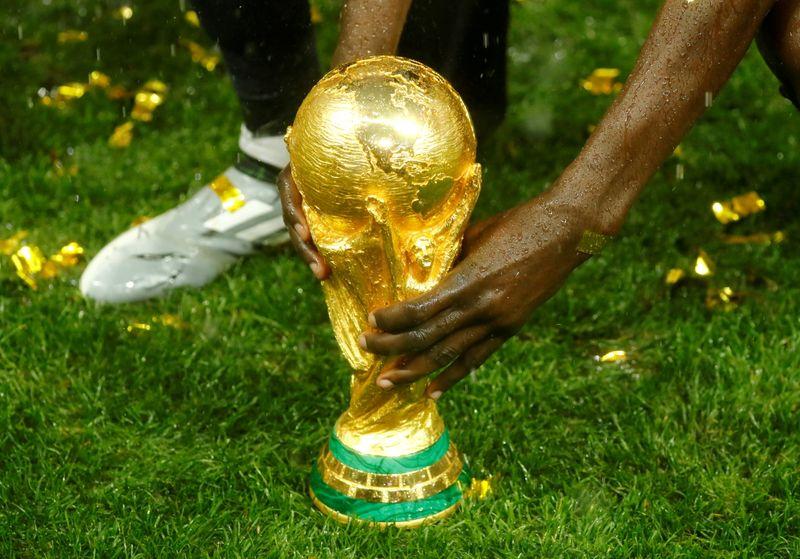 UEFA busca frenar el proyecto del Mundial cada dos años   Fútbol