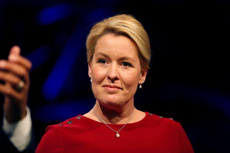 Fue electa por primera vez una mujer alcaldesa en Berlín   Elecciones