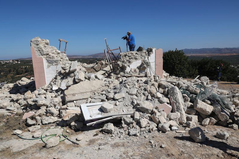 Un fuerte terremoto daña edificios antiguos en Grecia   Terremoto