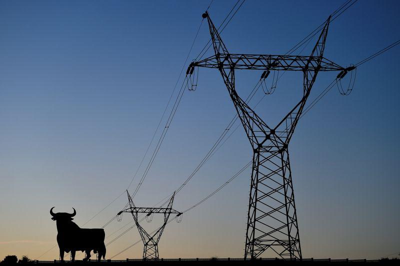 España paraliza industrias por los altos costos de la energía | Energía