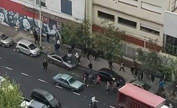 Se enfrentaron dos facciones de la barra de Independiente: 19 detenidos | Fútbol argentino