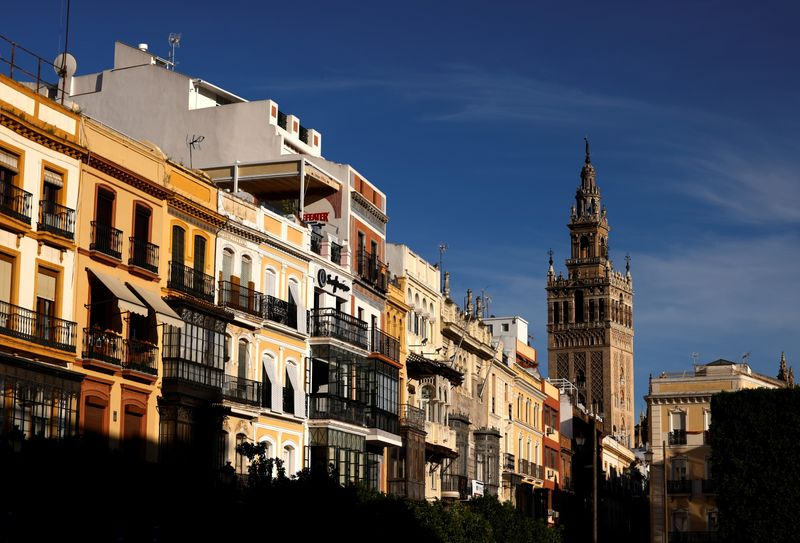 El alquiler de vivienda se abarata un 8,1% en España  | España