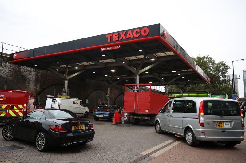 No cede la crisis del combustible en Reino Unido | Combustibles