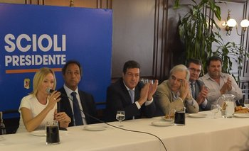 Massa sigue perdiendo dirigentes: Mónica López anunció que se pasa al FpV | Elecciones 2015