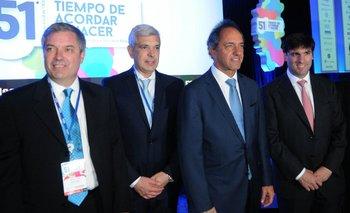 """Julián Domínguez prometió fin de trabas para exportar y """"tipo de cambio competitivo""""   Daniel scioli"""
