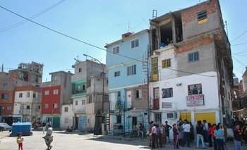 Rodríguez Larreta apura la votación del proyecto inmobiliario en la villa 31 | Pobreza