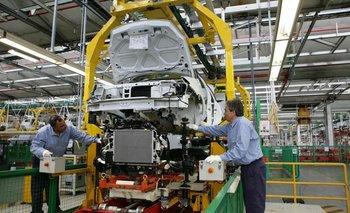 Renault suspende un turno en Córdoba y afecta a 250 trabajadores  | Renault