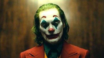 Joaquin Phoenix, el actor del Joker, chocó contra un camión de bomberos | Joker