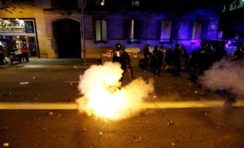 Otra ola de protestas y represión en Barcelona tras la condena a independentistas | Cataluña